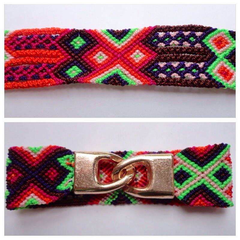 JEWELRY AND ACCESORIES / Large mexican friendship bracelet with golden hooks clasp - Style LH0002