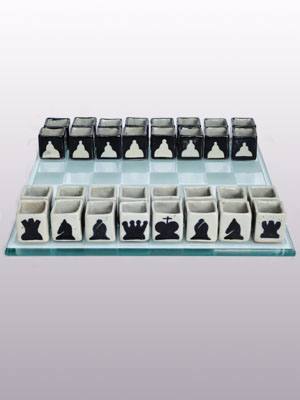 AMBER RIM GLASSWARE / Ceramic Tequila shots drinking chess set